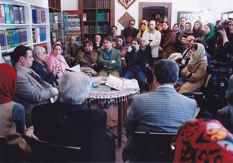 دیدار و گفتگو با هوشنگ مرادی کرمانی در کتابفروشی آینده ـ پنجشنبه 16 بهمن 1393