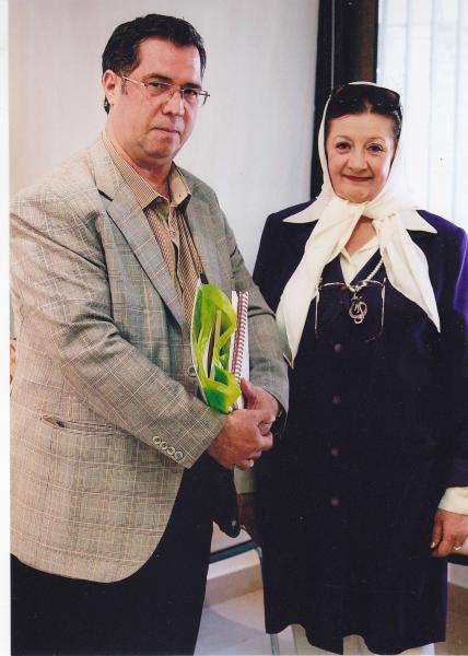 پنجشنبه 8 خرداد 93 ـ کانون زبان فارسی با گیتی خوشدل