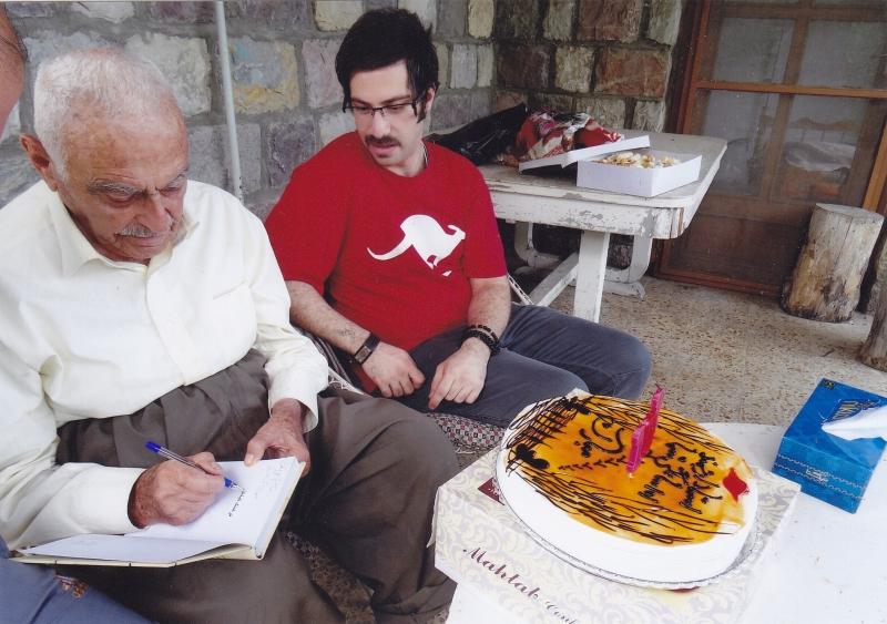 شهاب دهباشی در کنار دکتر منوچهر ستوده 26 تیر 1393 ـ سلمان شهر، جشن 101 سالگی تولد دکتر منوچهر ستوده