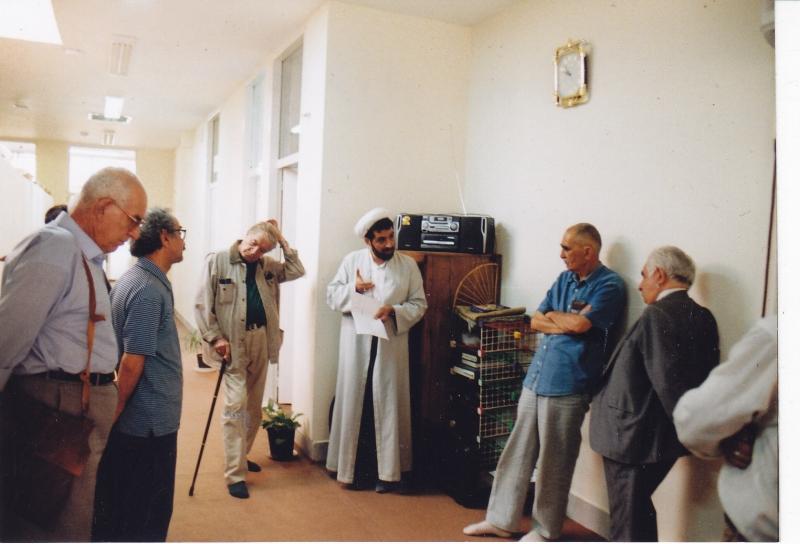 دوشنبه 27 مرداد با ایرح افشار، دکتر رسول جعفریان، ددکتر محمدرضا شفیعی کدکنی و ... 1382
