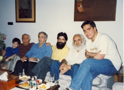 تیرماه 1376 از راست: سیروس طاهباز، سیروس طاهباز، بهرام دبیری ـ احمدرضا احمدی ـ بهمن محصص و شهاب دهباشی