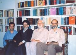 مشهد ـ شنبه 12 مهر 1376 ـ از راست : حسن لاهوتی ـ داریوش شایگان ـ سید جلال آشتیانی و علی دهباشی