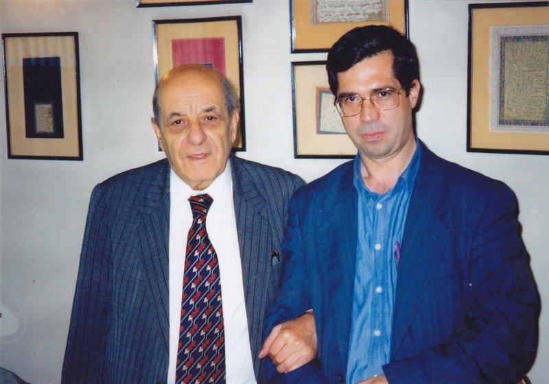 با دکتر حسین خطیبی ـ 1379