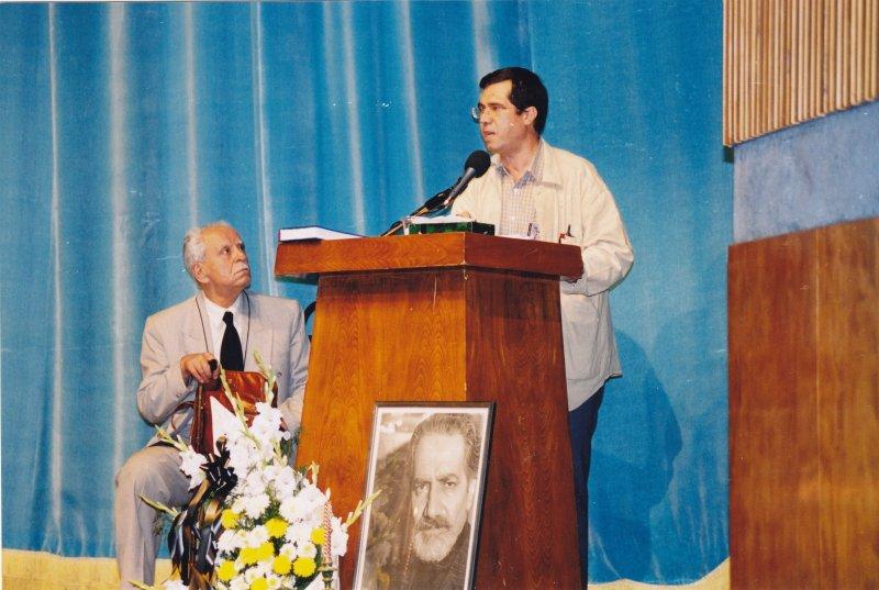 سی ام شهریور 81 سخنرانی در مراسم بزرگداشت انجوی شیرازی در فرهنگسرای نیاوران ـ عکس از مجید مردانیان