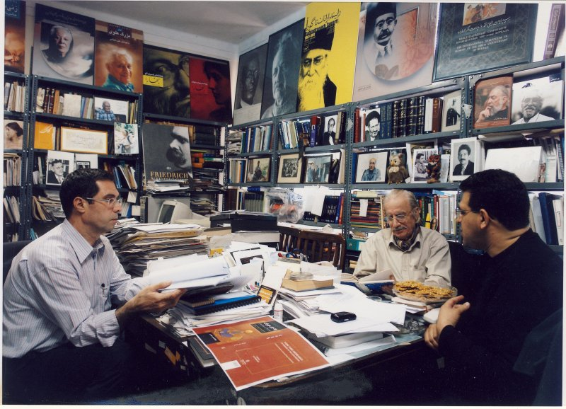 با دکتر علی بهزادی و سید علیرضا میرعلی نقی در دفتر بخارا ـ مهر 1385