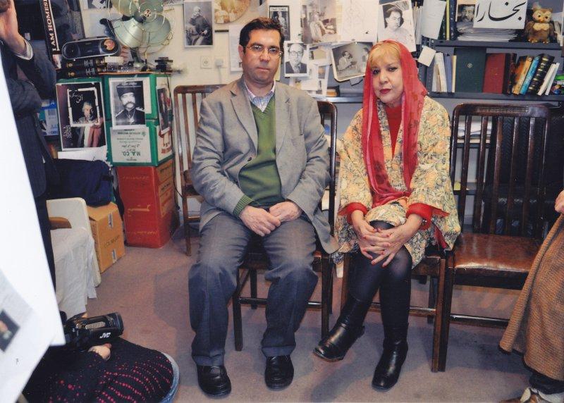 بهمن 87 دفتر مجله بخارا با سیمین بهبهانی