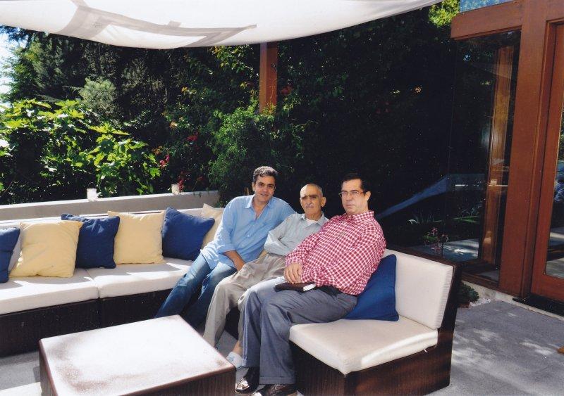 ـلس آنجلس ـ منزل آرش افشار ـ علی دهباشی ـ ایرج افشار و آرش افشار ـ شهریور1389 ـ سپتامبر 2010