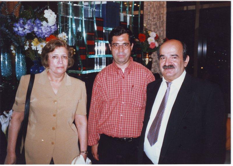 لس آنجلس، کتابخانه سعدی ( خرداد 79) با حسین مهری و همسرش دکتر عفت رحیمی