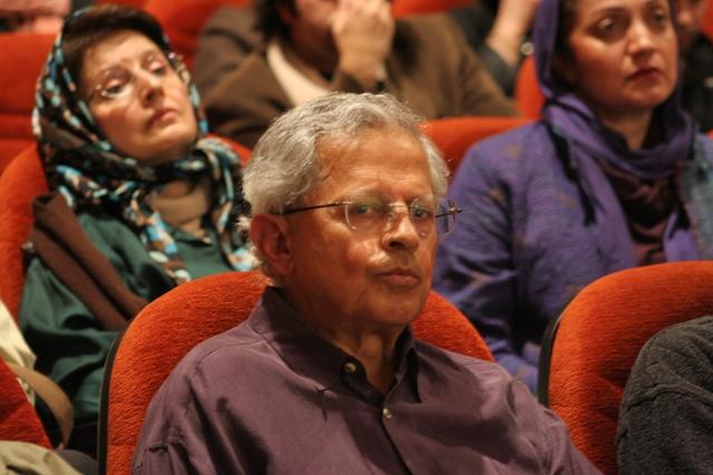 دکتر امیر زنجانیان، لاله مصدق