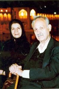 عبدالحسین زرین کوب و قمر آریان ـ عکس از رضا نوربختیان)