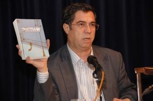علی دهباشی از ترجمۀ اثار تسوایگ به زبان فارسی توضیح داد ـ عکس از ژاله ستار
