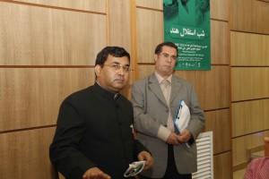 علی دهباشی و دکتر عبدالسمیع ـ وابسته فرهنگی سفارت هند در ایران ـ عکس از ژاله ستار