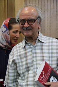دکتر شفیعی کدکنی در شب پرویز ناتل خانلری ـ عکس از مجتبی سالک