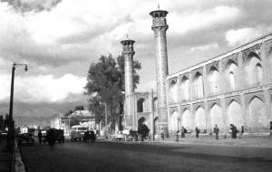 نمای مدرسه سپهسالار سال 1325