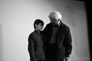 یهرام بیضایی به همراه پسرش نیاسان ـ عکس از جواد آتشباری
