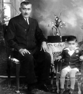 نجف دریابندری و پدرش ـ حدود سال های 1313 ـ 1314 بوشهر