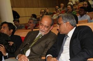 نورمحمد جادمانی و دی.پی.سری واستوا ـ عکس از علی تکین