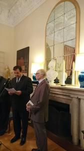 محمود دولت آبادی در کنار برونو فوشه ـ عکس از علی دهباشی