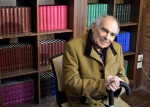 دکتر باطنی در کتابفروشی آینده ـ عکس از متین خاکپور