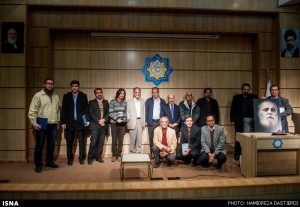 عکس یادگاری جایزه سال شعر خبرنگاران ـ عکس از حمید رضا دستجردی