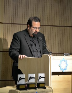 دکتر میلاد عظیمی ـ عکس از متین خاکپور