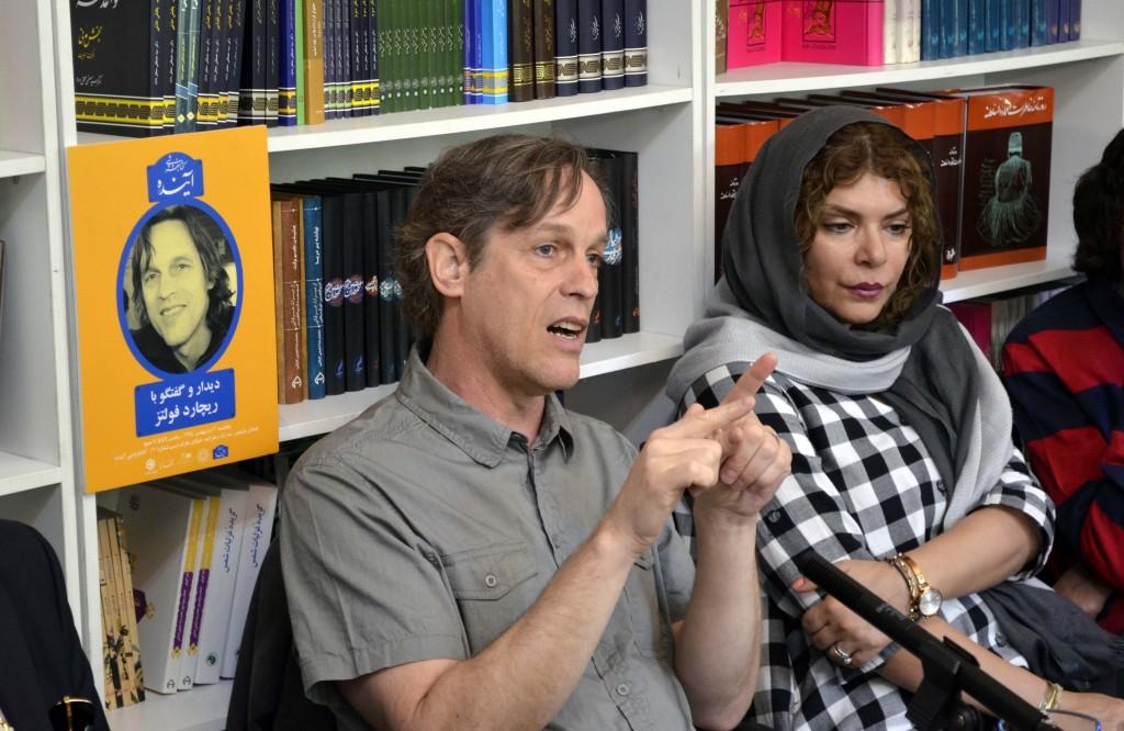 ریچارد فولتز و همسرش مانیا سعدی نژاد