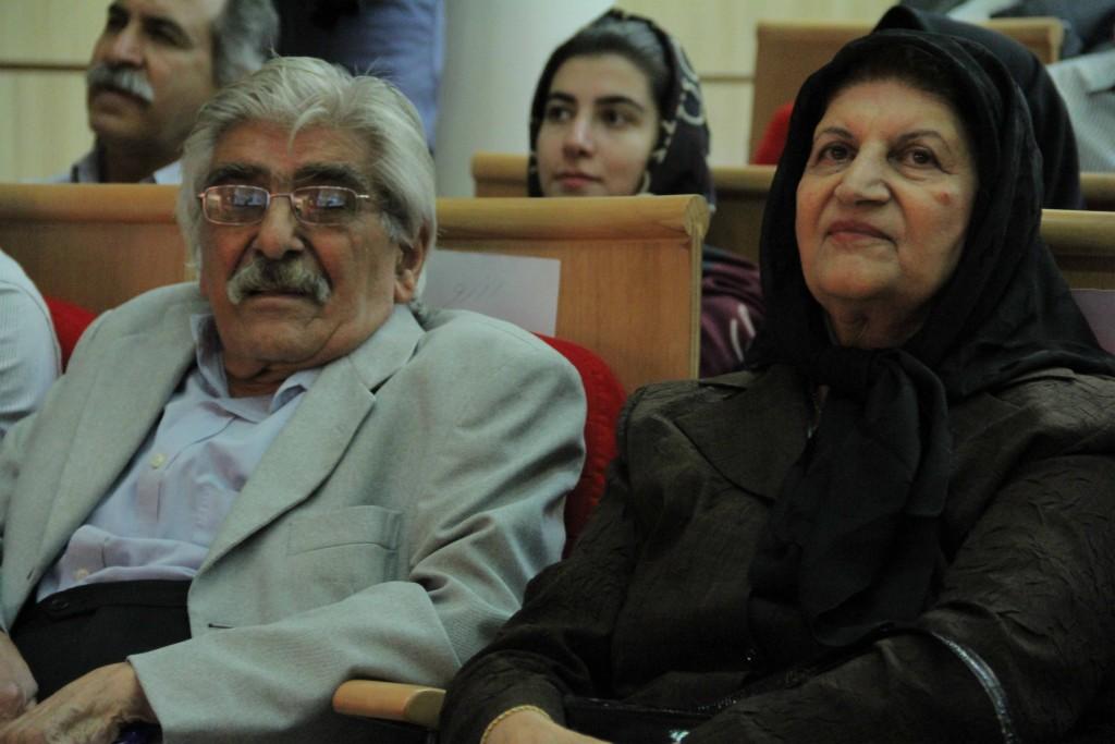 حمید ایزدپناه و همسرش