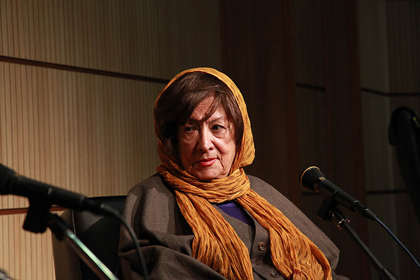 پری صابری در گفتگو با جمشید مشایخی ـ عکس از مجتبی سالک
