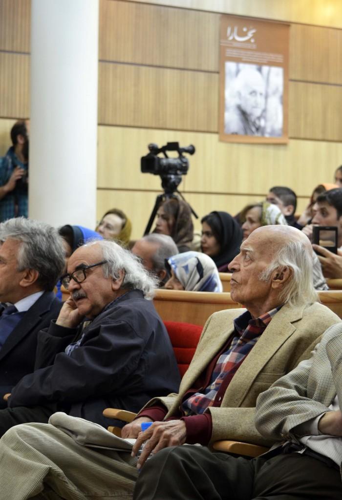 نجف دریابندری و دکتر محمدرضا شفیعی کدکنی در شب محمدجعفر محجوب - عکس از متین خاکپور