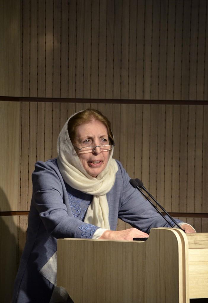 دکتر ژاله آموزگار - عکس از متین خاکپور