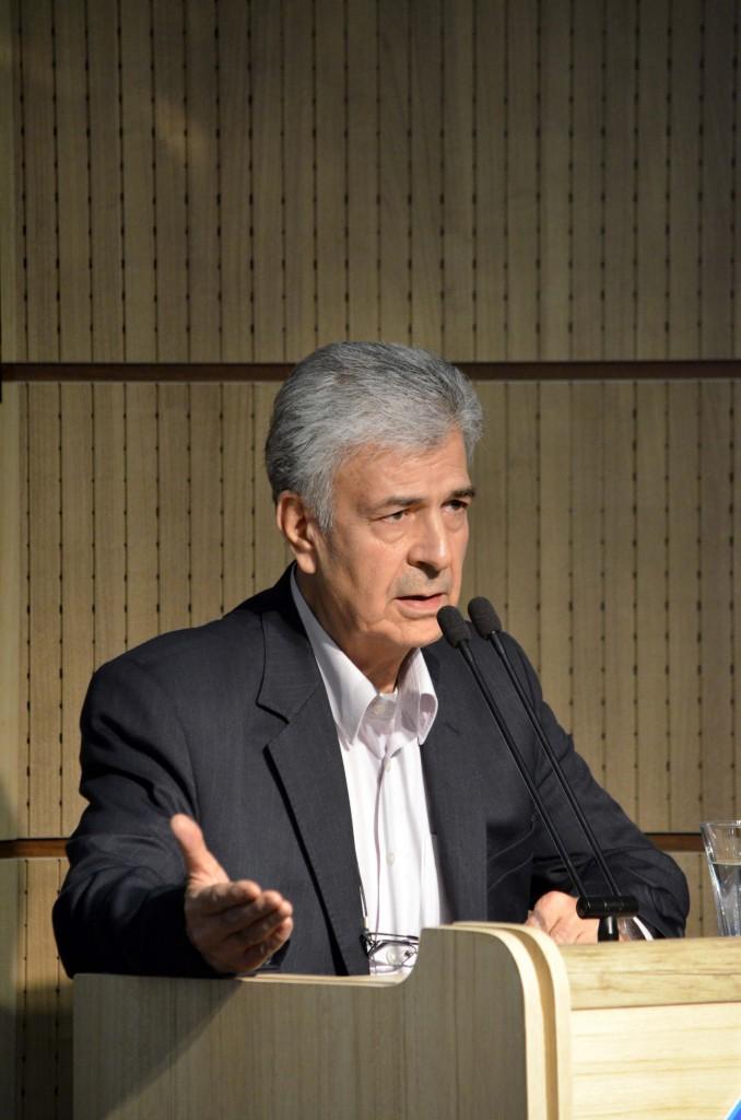دکتر اصغر دادبه
