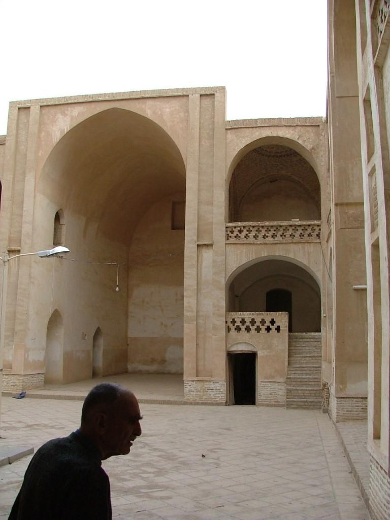 مسجد قدیمی نطنز ؛جایی که « هر کس باید ببیند زیرا بنای اصلی گنبدش در عهد دیلمیان ساخته شده است».