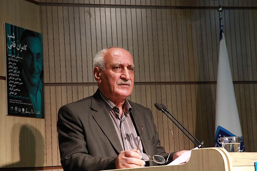 حسن انوشه - عکس از مجتبی سالک