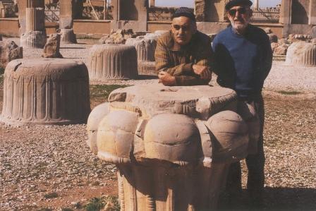 ایرج افشار و همایون صنعتی