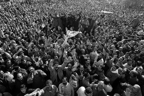 تصویری از تظاهرات مردم مصر که خواهان دموکراسی اند