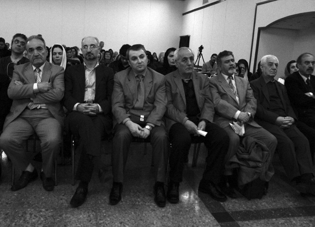 اعضای انجمن چهارمحال و نویسندگان ارمنی در شب ویلیام سارویان
