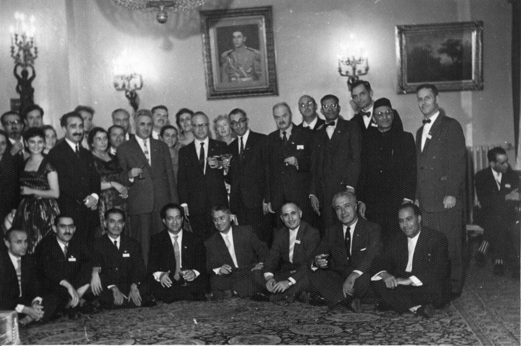 کنفرانس ایرانشناسان در شوروری بزرگ علوی، مجتبی مینوی، ایرج افشار، محمد معین، احسان یارشاطر و یان رییکا دیده می شوند
