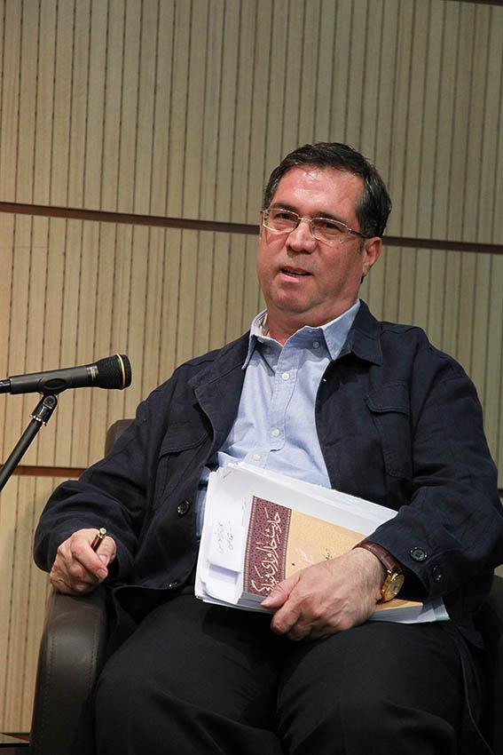 علی دهباشی از تالیفات و ترجمه های دکتر محمد دهقانی می گوید