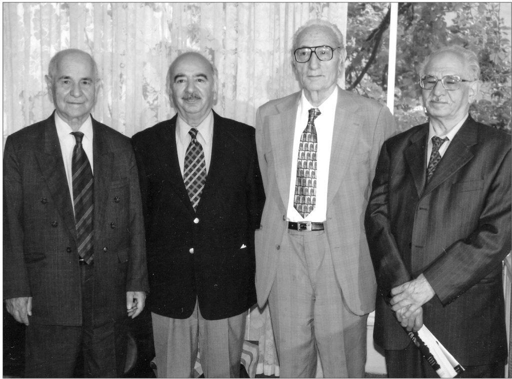 از راست به چپ: محمود طلوعی، دکتر محمدامین ریاحی، علی اصغر سیدی ، رحیم زهتاب فرد