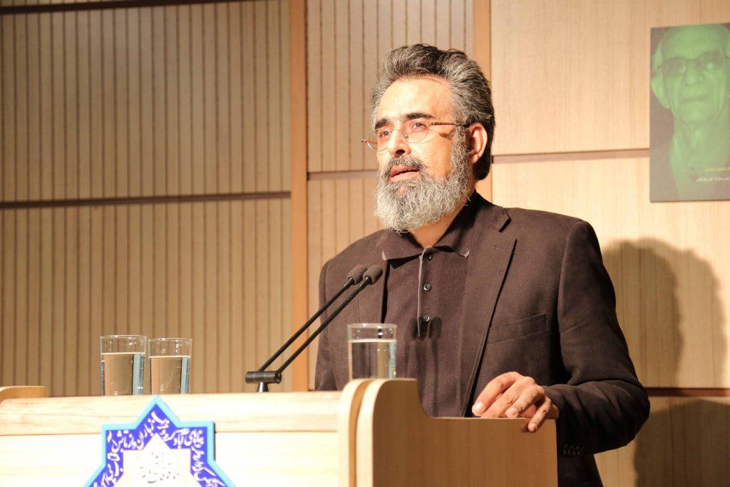 دکتر بهرام پروین گنابادی به تألیفات و ترجمه های استاد عبادیان پرداخت