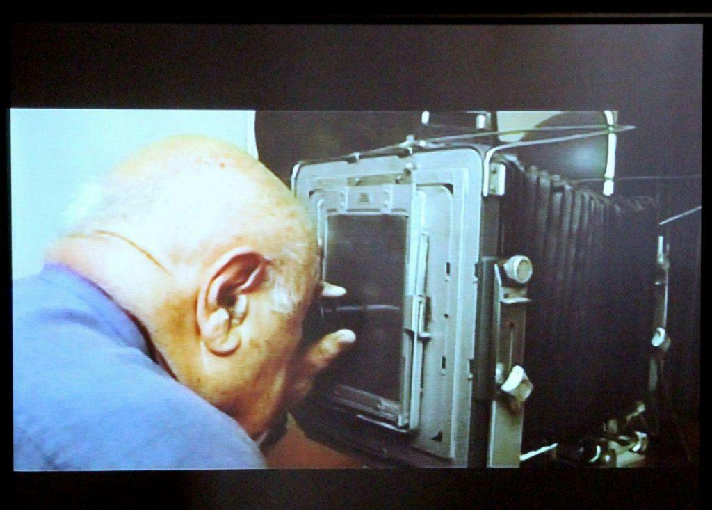 صحنه ایی از مستند شهاب دهباشی درباره استاد فخرالدینی