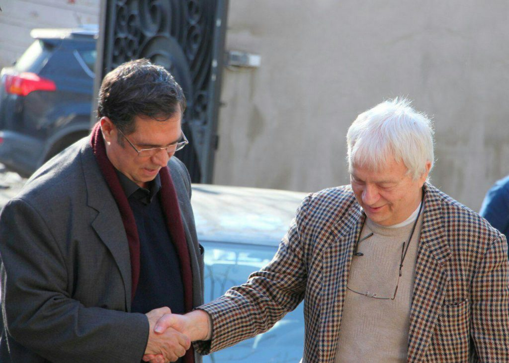 لی دهباشی به اتفاق پروفسور فلور در بنیاد موقوفات دکتر افشار