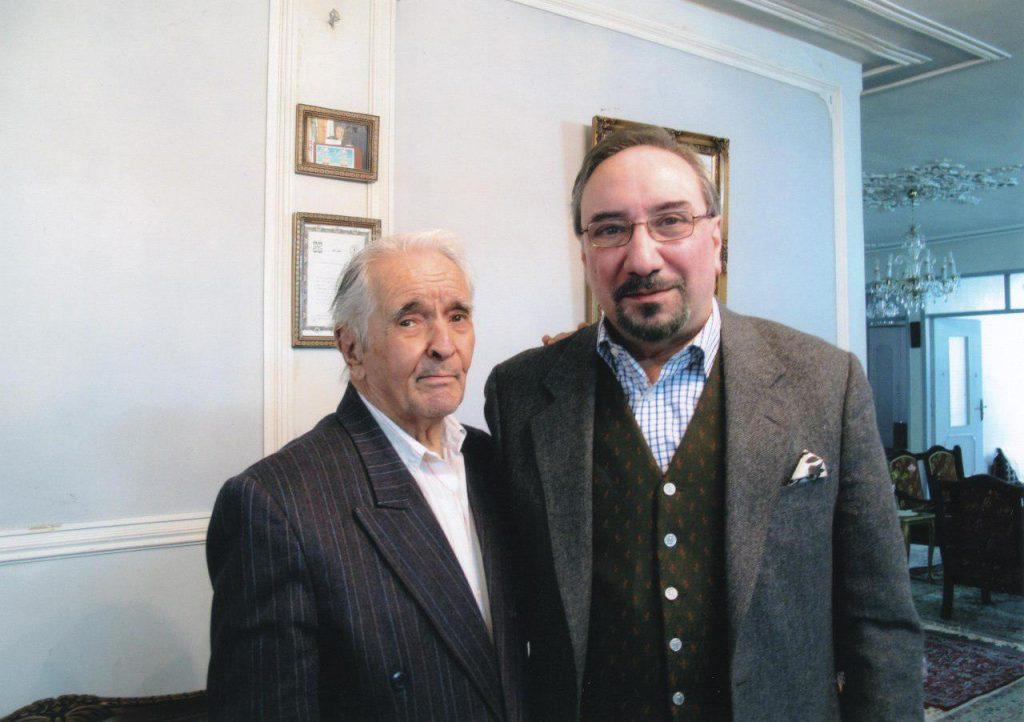 دکتر محمدعلی کاتوزیان در دیدار با دکتر انور خامه ای (منزل خامه ای در کرج)