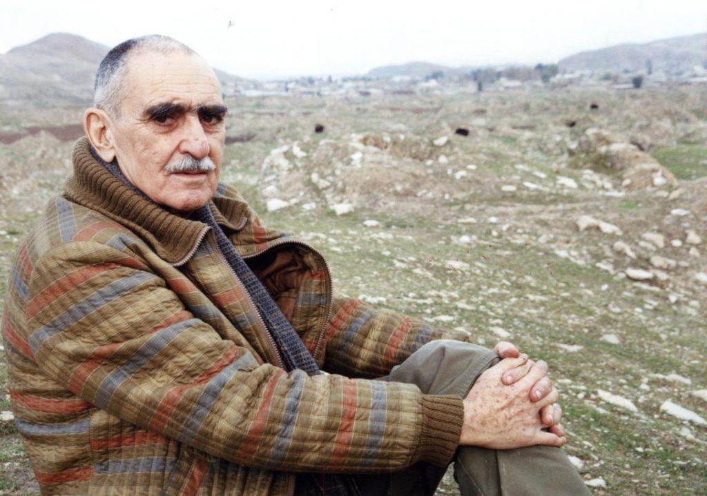 زنده یاد ایرح افشار