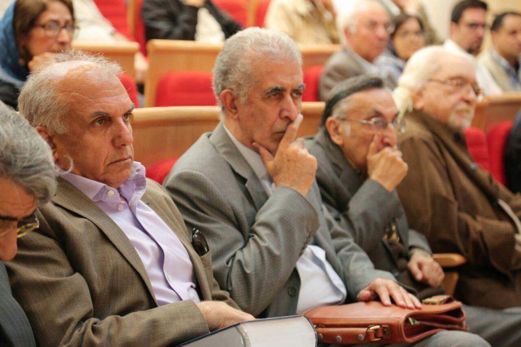 داود موسایی(مدیر نشر فرهنگ معاصر) در کنار محمدعلی سادت،کامران فانی و دکتر داریوش شایگان