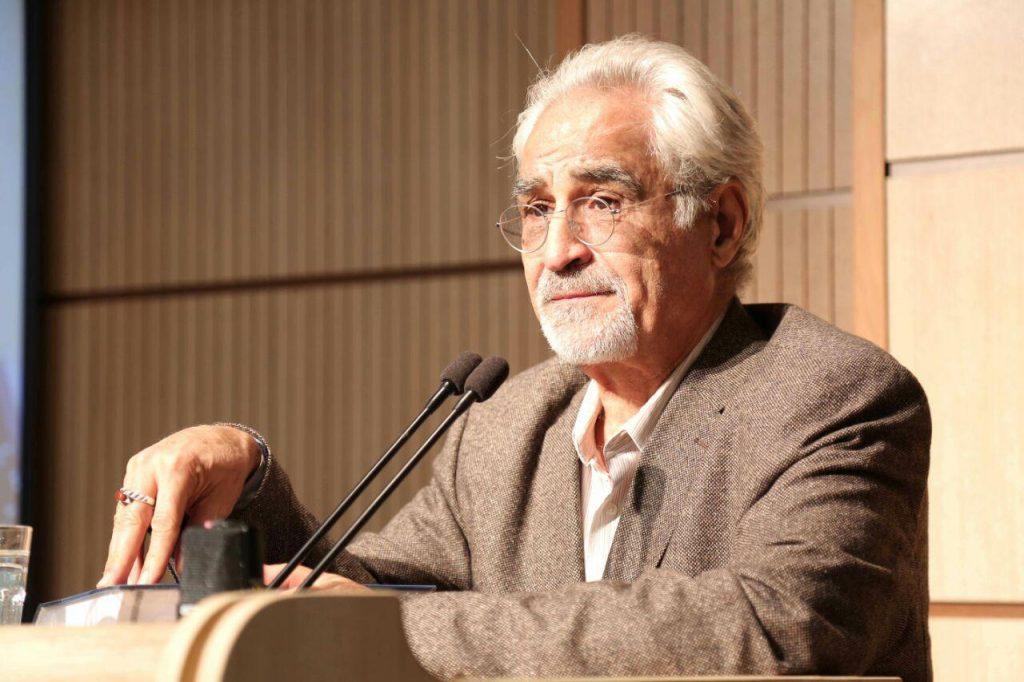 دکتر پورجوادی از خاندانهای خدمتگذار در ایران سخن گفت