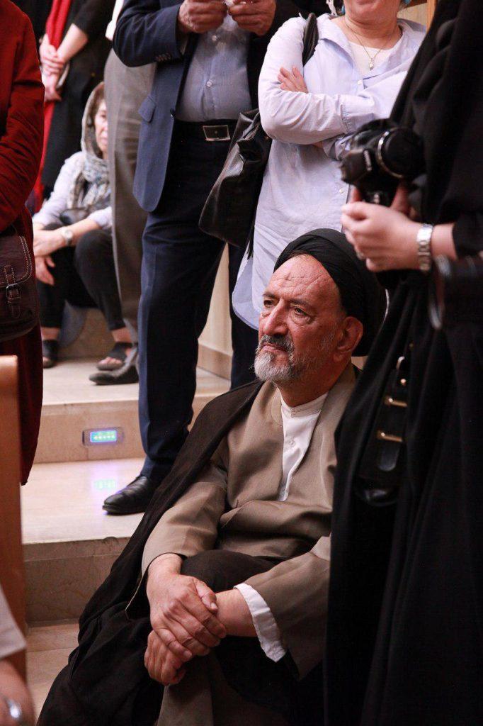 حجت الاسلام دعایی در شب نود سالگی توران میرهادی