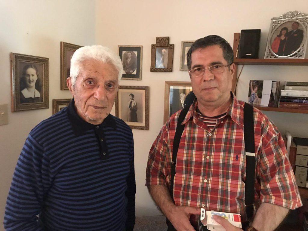 عکسی که آقای محمد رضا فرطوسی ازمن و پروفسور رضا برداشت .در عکس پایین ایشان هم حضور دارند.