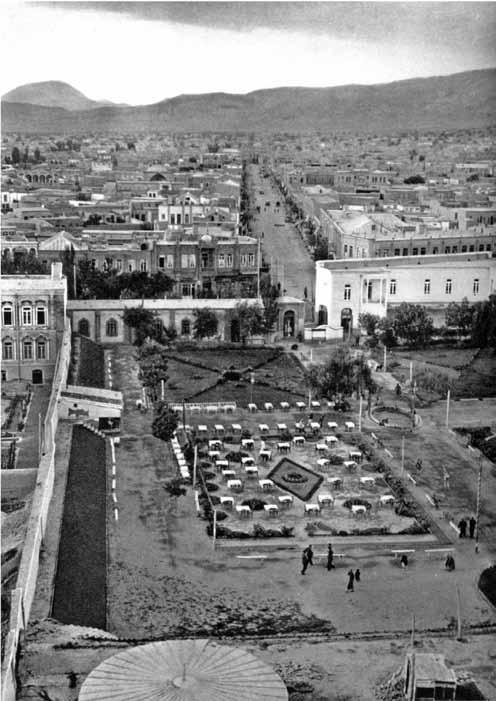 تبریز، پایتخت آذربایجان (زیرنویس ها به نقل از کتاب است)