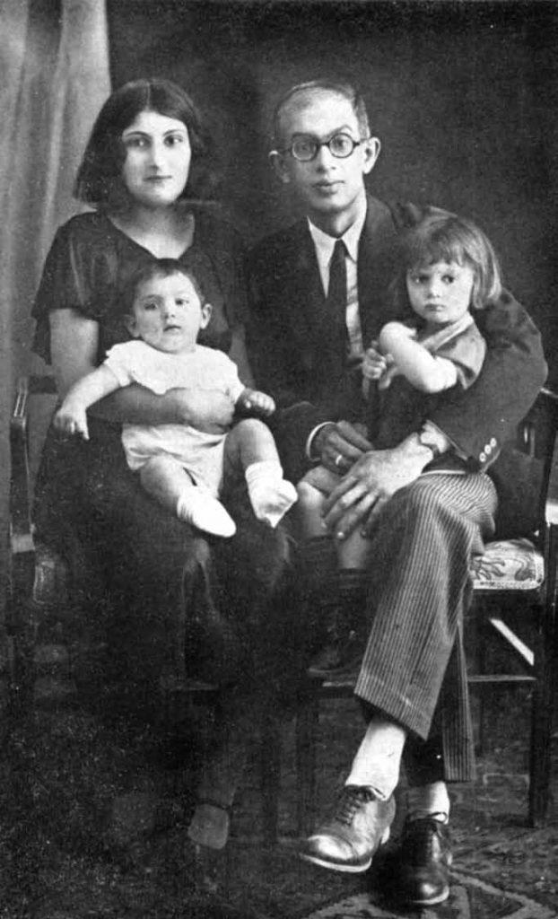 سعید نفیسی همراه با پریمرز )همسر(, نوشین و بابک فرزندان